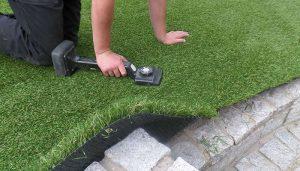 تركيب عشب صناعي ام القيوين
